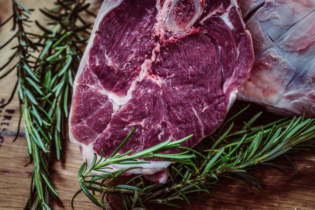 La carne rossa fa male?